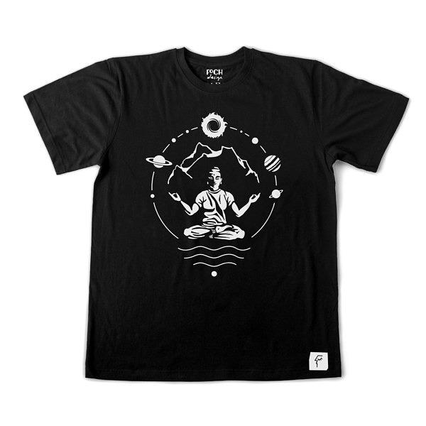 czarna koszulka typu T-shirt do medytacji, fajna kochających góry i jogę