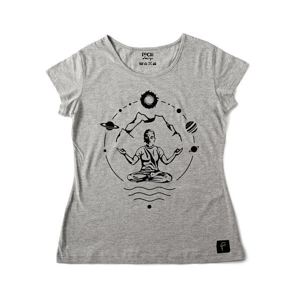 szara koszulka damska z nadrukiem do medytacji i jogi, dla miłośnika gór i kosmosu